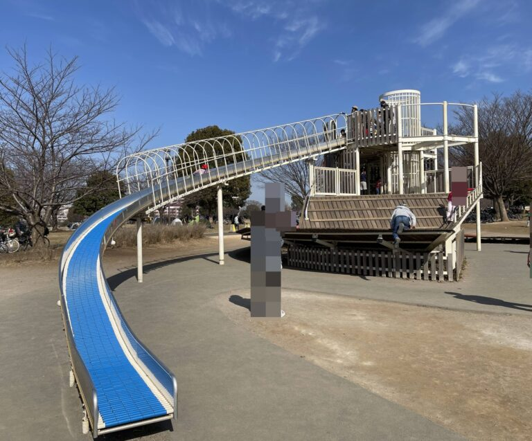 大島小松川公園ローラーすべり台