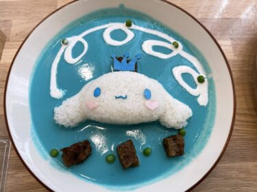 シナモロールカフェ!サンリオキャラと遊べる新宿の子供連れランチスポット!