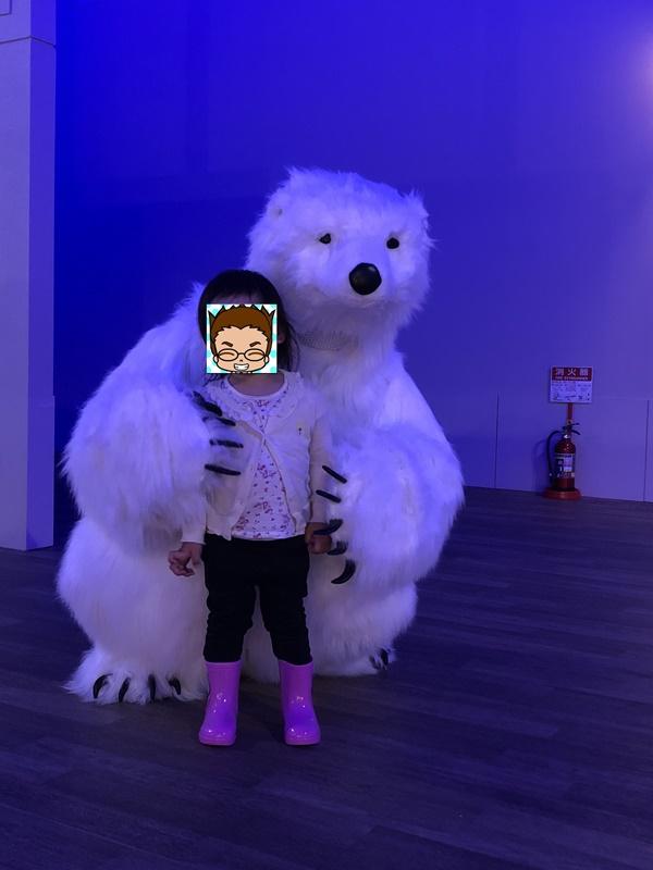 スノータウンのシロクマ