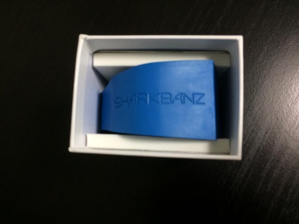 sharkbanz_box